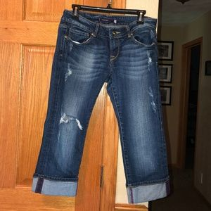 Vigoss sz 5 Denim Jean Capris Distressed